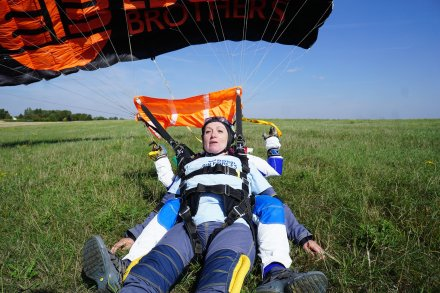Carol Peachy Skydive 14